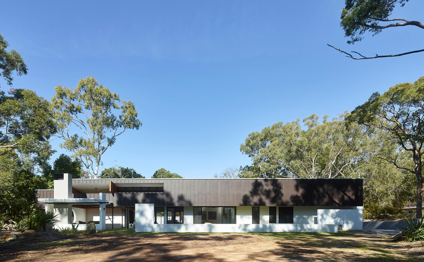 The Long House | 2017 - Shaun Lockyer Architects | Brisbane